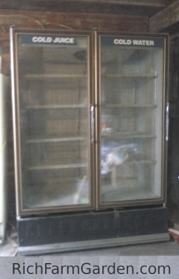 Double glass door commercial cooler